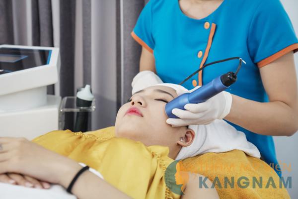 Gợi ý cách trị mụn đầu đen cho làn da nhạy cảm