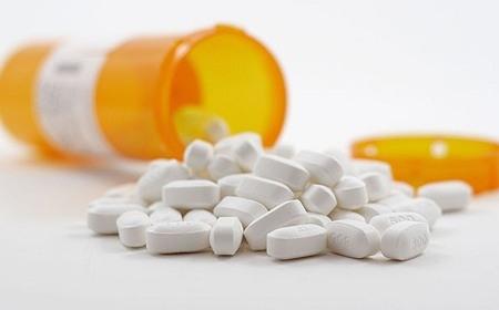 trị mụn đầu đen bằng aspirin
