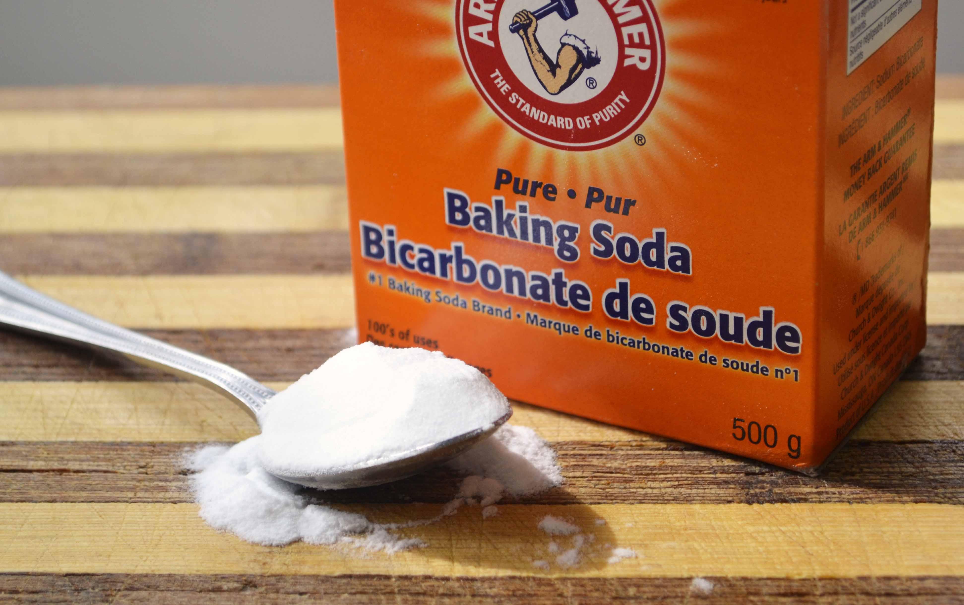 Làm sạch chân lông, ngừa mụn đầu đen bằng Baking soda