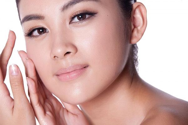 Tác hại của mụn đầu đen đối với làn da