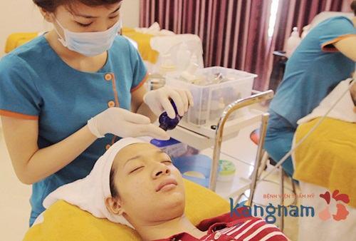 trị mụn bằng cn oxy led 4