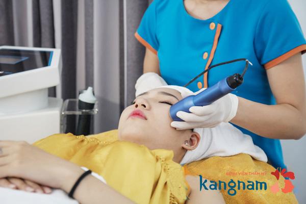 tri-mun-dau-den-bang-cong-nghe-oxy-led-khong-lo-mun-tai-phat (5)