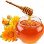 Trị mụn ẩn dưới da bằng mật ong và chanh hiệu quả tức thì